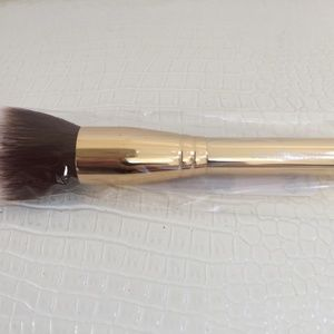 "bareMinerals Soft Focus FACE MAKE UP BRUSH 5"" Long"